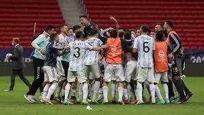 Argentina finalista de la Copa América en forma agónica tras empatar 1-1